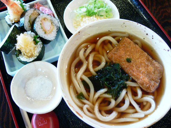 うどんとお寿司の甚五郎、