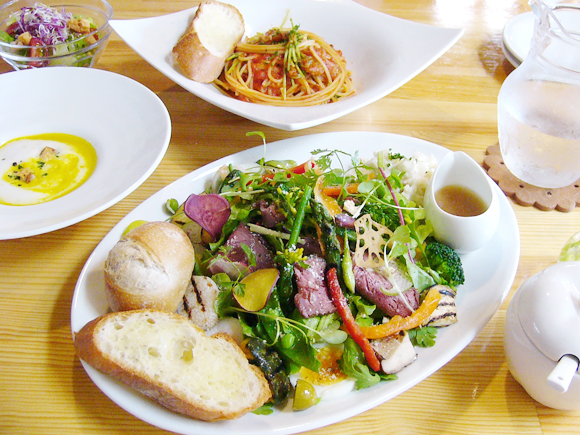 Le Cafe&Dining Sayu(ル カフェ アンド ダイニング サユ)
