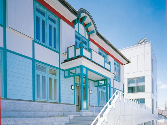 瀬戸市新世紀工芸館