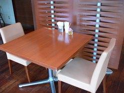ココン テーブル3